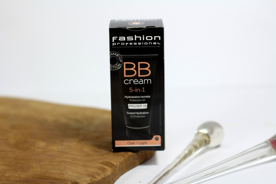 Fashion Professional BB Cream 5 in 1 Tinted Hydration