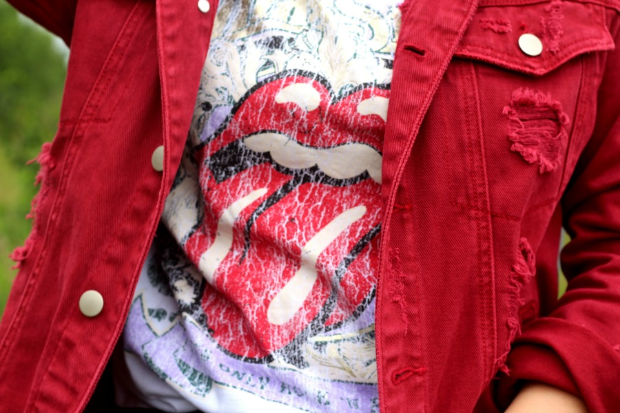 Outfit: Rolling Stones t-shirt