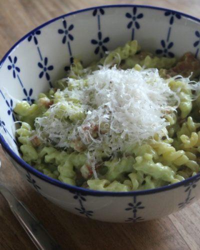 Suszie Serves: Pasta met avocado en spek